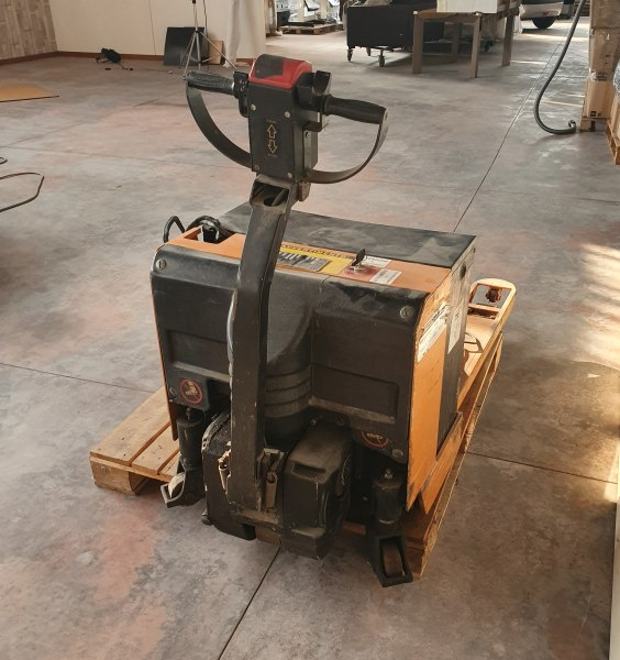 Work equipment - Office equipment - Bank. 62/2019 - Verona L.C. - sale 2